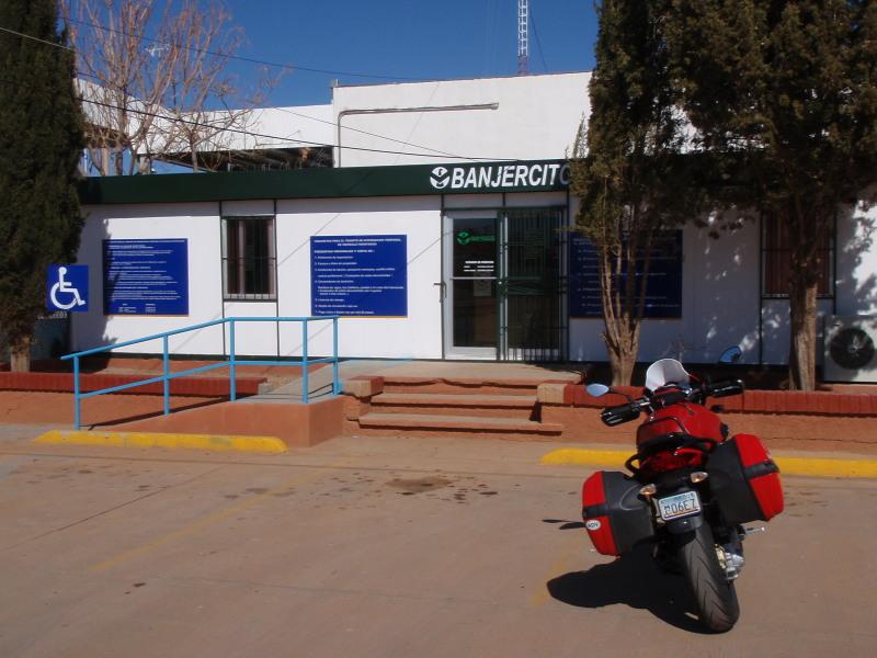 Banjercito in Naco
